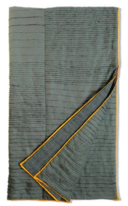 grey&ochre quilt