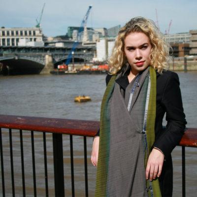 EktaKaul-westminster-finewool-scarf-800px